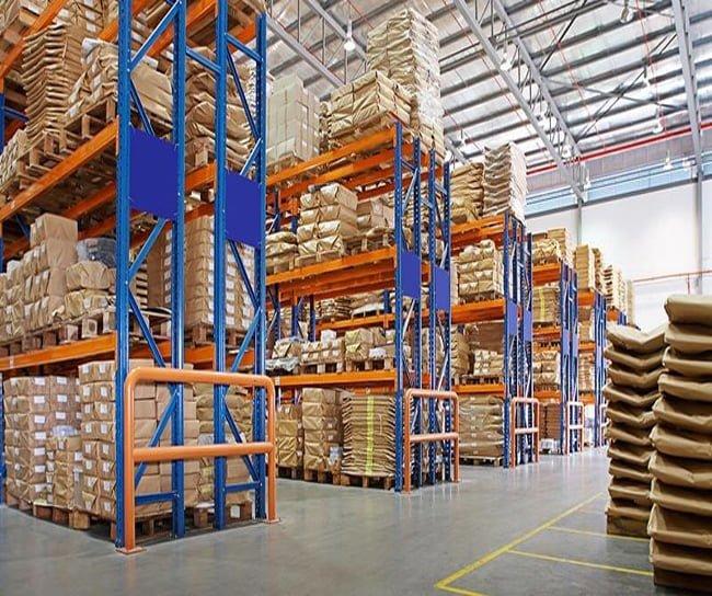 Kệ công nghiệp được sử dụng rộng rãi trong kho bãi rộng
