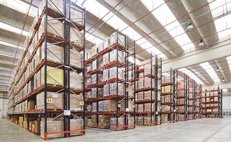 Pallet sắt chứa hàng công nghiệp