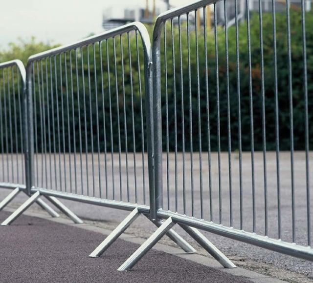 Hệ thống rào chắn giao thông