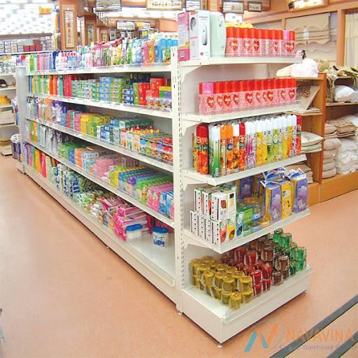 3 lợi ích khi sử dụng kệ chứa hàng siêu thị